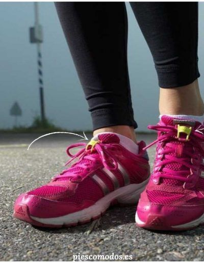 BRACKS - Clips/Locks to keep your laces tied - Pink